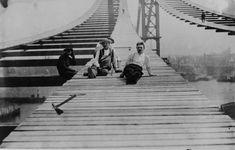 Manhattan Bridge, New York (Leon Moisseiff, 1901-1912)