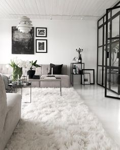 35 Beautiful Monochrome Living Room Decoration You Must Have The post 35 Beauti. - - 35 Beautiful Monochrome Living Room Decoration You Must Have The post 35 Beautiful Monochrome Living Room Decoration You Must Have appeared first on Vardagsrum Diy. Contemporary Living Room Furniture, Interior Design Living Room, Living Room Designs, Contemporary Kitchens, Contemporary Bedroom, Beach Living Room, Living Room Decor, Monochrome Interior, Home Decor Styles