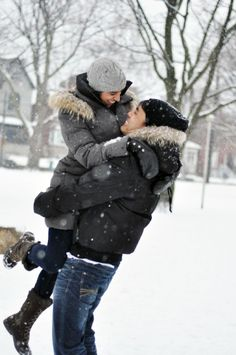 Wintry engagement photoshoot, cuddling in the snow! #wedding #photographer #inspiration #snow #love