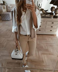 Lifestyle (_luxury_fashion_style) mint_label_ via manhattan_fashion_styles Summer Work Outfits, Casual Work Outfits, Business Casual Outfits, Mode Outfits, Classy Outfits, Fashion Outfits, Fashion Trends, Fashion Styles, Luxury Fashion