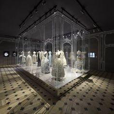 Look Inside: Esprit Dior Exhibition in Seoul | SENATUS