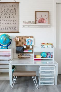 Are you designing a homeschool room for a small space? Whether your homeschool space is small or spacious having a dedicated space is key. Keep reading as share a few homeschool room ideas for small spaces. Hadley Court Interior Design Blog by Central Texas Interior Designer, Leslie Hendrix Wood.