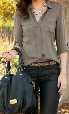 Simple neutrals for business casual work outfit - tan slim blouse, coated black skinnies or pants, leopard belt or heels Fashion Mode, Look Fashion, Womens Fashion, Fashion Trends, Fall Fashion, Fashion 2015, 00s Fashion, Fashion Outfits, Ladies Fashion