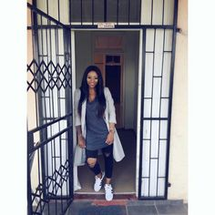 Dj zinhle always on point! Dj, African, Queen, Casual, How To Wear, Outfits, Suits, Kleding, Outfit