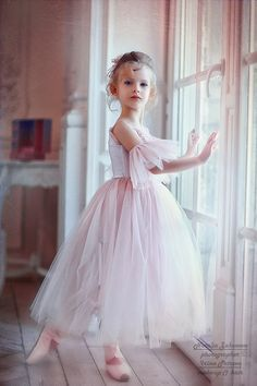 A little ballerinaI have been practicing Ballet dancing for later lifeLiving a Simple and Blessed Life.Beautiful for a flower girl idea!showing off dress, her face and pointed toes Little Girl Ballet, Baby Ballet, Ballerina Costume, Little Girl Dancing, Little Ballerina, Ballet Tutu, Ballerina Outfits, Ballerina Dress, Ballerina Photography