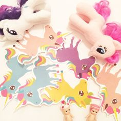 Unicorn girlang via Garlands with Love. Click on the image to see more!