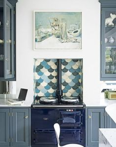 Be your best mermaid with a fabulous fish-scale splashback, adding just the right dose of whimsy to an otherwise elegant navy kitchen. Also, NAVY AGA Aga Kitchen, Kitchen Tiles, Kitchen Decor, Kitchen Appliances, Stainless Appliances, Kitchen Cabinets, Kitchen Cooker, Stainless Steel, Fish Scale Tile