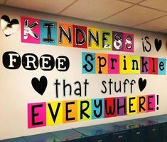 The best back to school bulletin board ideas to dress up the school this year. T… The best back to school bulletin board ideas to dress up the school this year. These back to school bulletin board ideas will get kids excited. Hallway Bulletin Boards, Elementary Bulletin Boards, Back To School Bulletin Boards, Classroom Door, Classroom Design, School Classroom, Elementary Teacher, Classroom Wall Decor, Preschool Bulletin