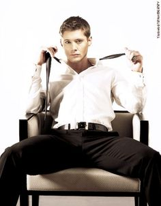 Sooo yeah this is like the best picture ever! Jensen Ackles