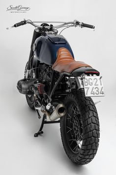Take a peek at a couple of my well liked builds - custom made scrambler ideas like this Cafe Bike, Bmw Cafe Racer, Cafe Racers, Bmw Scrambler, Bmw Motorbikes, Honda Cub, Bmw Boxer, R80, Cool Motorcycles