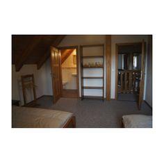 Chata Ledhujka - Česká republika ubytování Bunk Beds, Bookcase, Shelves, Furniture, Home Decor, Shelving, Decoration Home, Loft Beds, Room Decor
