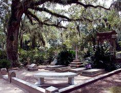 Johnny Mercer's Family Plot, Bonaventure Cemetery, Savannah, Georgia, United States.
