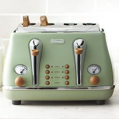 Green, trippy, toasty.  Delonghi Vintage Icona Toaster Green - I LOVE this! Its from the UK, though, so probably need an adapter.