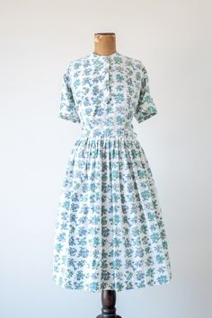 1950s 'Bell Flower' blue floral dress by Ann Taylor #vintage