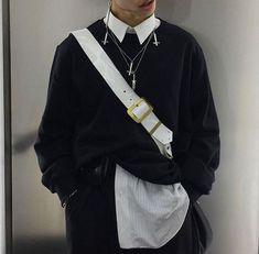 Men Outfit Black and white outfit Piercing Fashion Seoul Fashion Mode, Aesthetic Fashion, Aesthetic Clothes, Look Fashion, Korean Fashion, Mens Fashion, Komplette Outfits, Grunge Outfits, Stylish Outfits