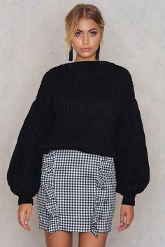 Balloon Sleeve Knitted Sweater Black