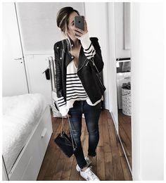 """""""Sous le manteau et l'écharpe et avant le rajout des chaussettes ❄️ • Bag #sezane (from @sezane) • Leather Jacket #samsoe (from @samsoesamsoe) • Cashmere…"""""""