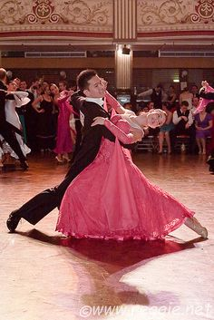 A couple doing a throwaway oversway at the IVDC 2009 competition, Empress Ballroom, Winter Gardens, Blackpool, Lancs