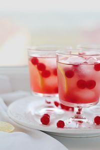 Antioxidant-Rich Cranberry-Ginger Gin Punch
