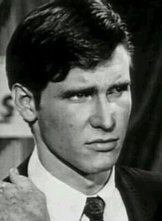 Very young Harrison Ford Harrison Ford Movies, Han And Leia, Solo Photo, Big Crush, Straight Guys, Carrie Fisher, Indiana Jones, New Movies, Actors & Actresses
