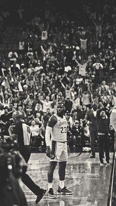 Jay Z Basketball Team Brooklyn Lebron James Lakers, Lebron James Poster, King Lebron James, King James, Kobe Lebron, Basketball Art, Basketball Pictures, Basketball Players, Lebron James Wallpapers