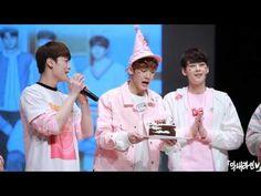 160320 아스트로(ASTRO) 강남 팬사인회 윤산하 생일파티 - YouTube