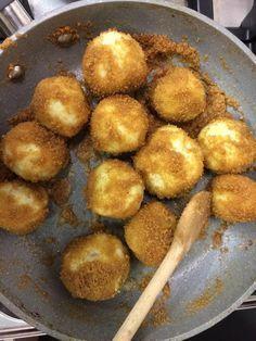 Bendegúz óta tudjuk, hogy a szilvás gombóc lehet akár olyan kemény is… Hungarian Desserts, Hungarian Cuisine, Hungarian Recipes, Easy Healthy Recipes, Sweet Recipes, Baking Recipes, Snack Recipes, Good Food, Yummy Food