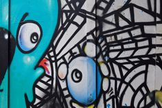Discover some of the best examples of street art in Shoreditch, one of the trendiest neighbourhoods in London! Best Street Art, Lululemon Logo, United Kingdom, London, Travel, Viajes, England, Destinations, Traveling