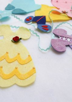 Disney princess inspired bunting. Beautiful wall hanging for your princess. See our website for the how-to.