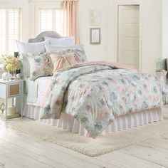 LC Lauren Conrad for Kohl's Peony Dreams Bedding Set
