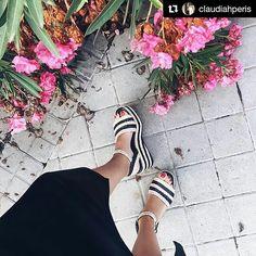 Caudia tiene mucho estilo por eso ha eligido nuestras #sandalias con plataforma TAIKE para salir a dar una vuelta.  #sixtysevenshoes#sixtyseven #sandals  #Repost @claudiahperis  Enamorada de mis nuevas cuñas @sixtysevenshoes #midilema #blog #shoes #flowers #like #style #street #streetstyle #love #cute #beauty #f4f #follow #followme #instalike #fashionista #fashion #ootd #pic #picoftheday #instadaily #inspiration #cuñas #summer