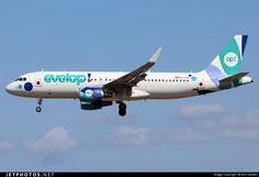 Airbus A320-214 EC-LZD 5642 Palma de Mallorca Son San Juan - LEPA