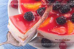 Sernik z truskawkami na zimno