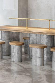 jeonghwa seo crafts brutalist concrete interior for etcetera cafe in seoul Design Exterior, Shop Interior Design, Cafe Design, Design Design, Design Styles, Modern Restaurant, Restaurant Interior Design, Concrete Interiors, Decor Inspiration