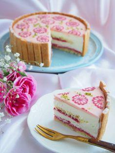 レアチーズのフラワータルト♡ by 上岡麻美 | cotta Sweet Recipes, Cake Recipes, Dessert Recipes, Cute Desserts, Delicious Desserts, Cute Baking, Dessert Decoration, Sweet Cakes, Pretty Cakes