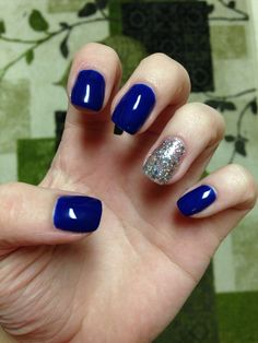 Blue and silver shellac nails!