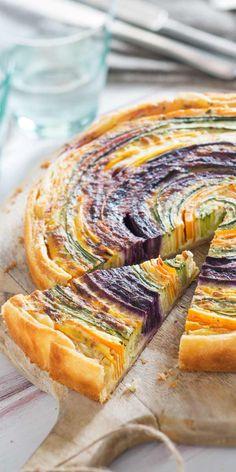 So bunt, so schön, so vegetarisch. Unsere Gemüsespirale sieht nicht nur gut aus, sie ist super leicht und schnell zu machen.