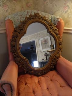 "30"" Vintage Style Ornate Carved Wood-Tone Look Syroco Wall Mirror"