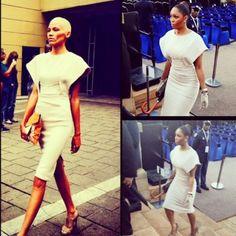 Minnie Dlamini: steal my style! Pencil Dresses, Still Standing, Woman Style, Elegant Dresses, My Wardrobe, Timeless Fashion, Slay, Queens, Graduation
