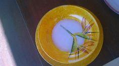 prato raso e fundo com decoupage
