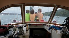 A fulltime sailing family of four just added to our boating family master blogroll: Armitage Sailors