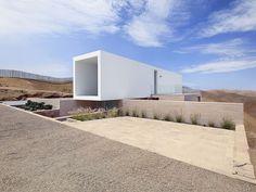 domenack arquitectos casa poseidon house peru designboom