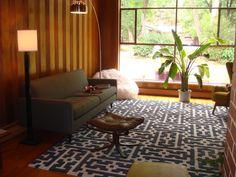 "@ebella._Mid century modern home.  Our ""MYRIAD"" rug.  #ebelladesigns#modernrugs#midcenturymodern#alpaca#customrugs"