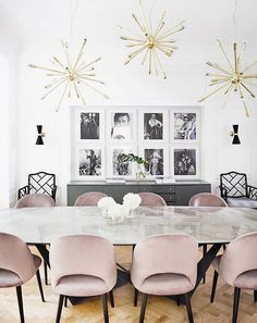 Pink dining rooms - 15 Modern Velvet Dining Chairs for the Dining Room Pink Dining Rooms, Luxury Dining Room, Dining Room Lighting, Dining Room Design, Dining Room Chairs, Dining Table, Office Lighting, Dining Sets, Velvet Dining Chair