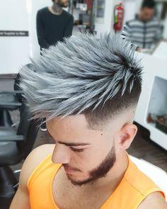 "200 Me gusta, 2 comentarios - AyozeCastellano Peluqueros (@ayozecastellano) en Instagram: ""⚬⚪ New Silver Edition ⚪⚬ Haircut & Colour @ayozecastellano For @martiiinb #ayozecastellano…"""