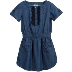 Girls pretty blue chambray, cotton denim dress by Armani Teen with short rolled sleeves. It has broderie anglaise trim on the chest with logo popper fasteners and an elasticated waistband, for a more comfortable fit. There are two pockets on the skirt with embroidered hearts. A lovely everyday dress that can be worn with leggings or tights in colder weather.