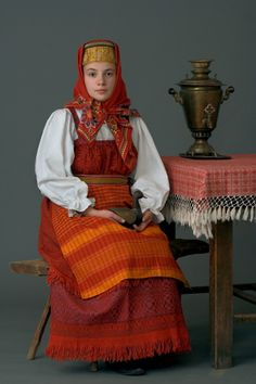A young woman in a festive costume. Kostroma Province., The beginning of the twentieth century. (Collection Glebushkina SA)