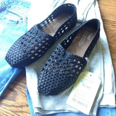 NWT TOMS Black Satin Woven Classics size 7.5 NWT TOMS Black Satin Woven Classics size 7.5! Hard to find in this size! Beautiful details, the satin really elevates this classic. Tag is still attached however, no box or flag is included. TOMS Shoes