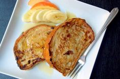 Banana French Toast - Vegan... Healthier alternative. And again looks so yummy.