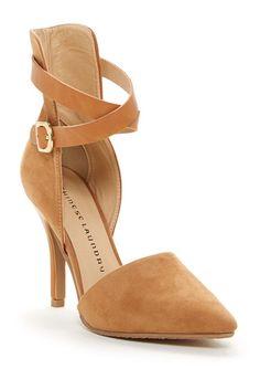 High back ankle strap pumps for ladies who brunch.